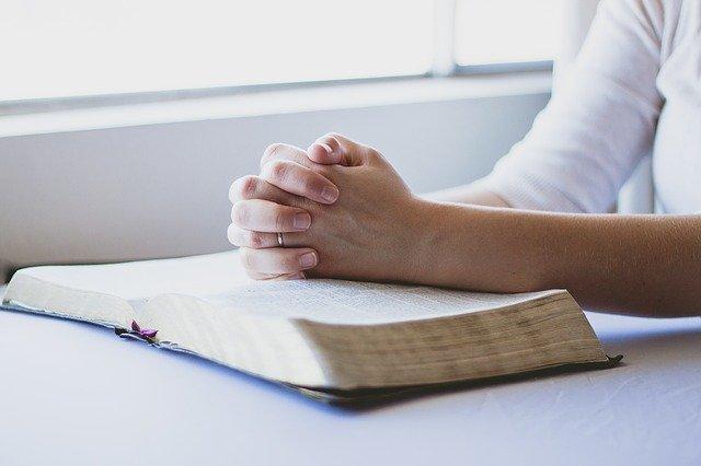 shape worries into prayers